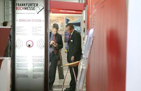 Elektronika se nezbytně prosazuje i na největším knižním veletrhu ve Frankfurtu; ilustrační foto