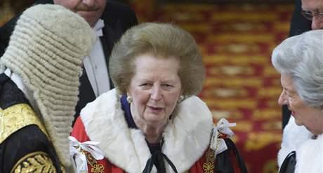 Někdejší premiérka Margaret Thatcherová na slavnostním zahájení nového zasedacího období britského parlamentu (25. května 2010)