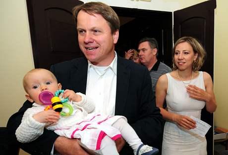 Martin Bursík, Kateřinou Jacques a jejich malá Noemi.