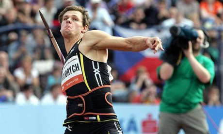 Oštěpař Petr Frydrych se na Zlaté tretře předvedl nejdelším hodem roku 88,24 metru.