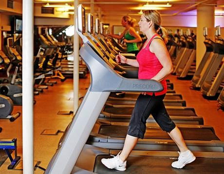Cvičení hubnutí fitness