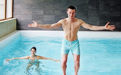 Cvičení ve vodě