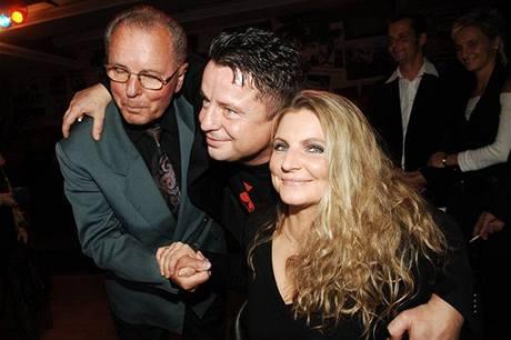 Petr Muk s tatínkem Ladislavem a manželkou Evou