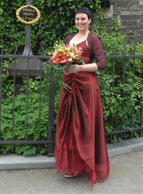 Iva Lecká ve svatebních šatech