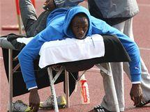 Usain Bolt se připravuje v předvečer závodu na trénink