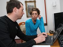 Redaktor Filip Grim a Blanka Vlašičova