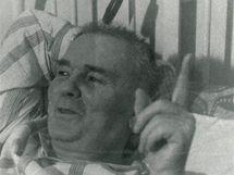 V roce 1969 se básník Mikulášek zranil a dvacet měsíců ležel v brněnské Úrazové nemocnici