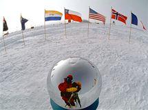 Místo geografického Jižního pólu.