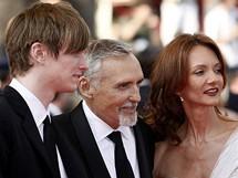 Cannes 2008 - Dennis Hopper s manželkou a synem