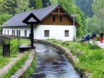 Šumava, vodní kanály pro Čeňkovu pilu na Vydře, Jelenov