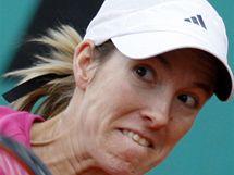 Justine Heninová a a její bekhend