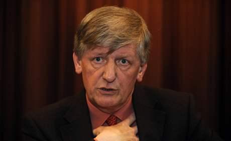 Ministr kultury Václav Riedlbauch oznámil, že volbu nového ředitele Národní galerie nechá na svém nástupci