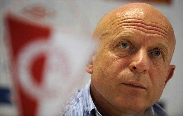 Karel Jarolím se po dvou m�sících vrátil do funkce trenéra fotbalist� Slavie.