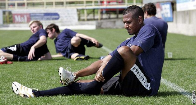Lorenzo Rimkus na tréninku fotbalist� Slovácka