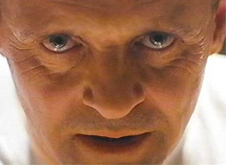 Anthony Hopkins jako Hannibal Lecter v Mlčení jehňátek
