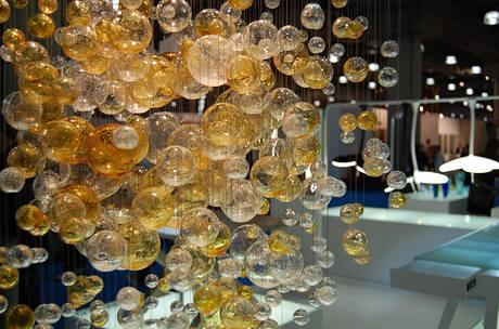 """Svítidlo """"Bubbles in Space"""" od Jitky Skuhravé pro LASVIT"""