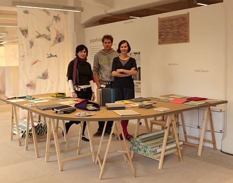 Poprvé se designéři se svým papírovým programem představili na Designbloku na podzim 2009