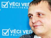 Nově zvolený poslanec za Věci veřejné Vít Bárta. (1. června 2010)