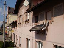 Sluneční kolektor ze starého radiátoru