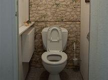 Původní toaleta