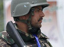 Delegáty Lója džirgy chrání v Kábulu a okolí 12 tisíc členů ozbrojených složek (2. června 2010)