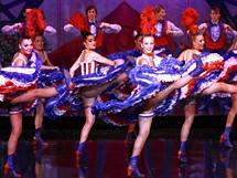 Moulin Rouge přišel hned od svého vzniku s pobuřujícím kankánem. Bylo to v roce 1889, kdy se v Paříži konala světová výstava.