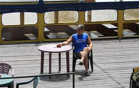 František Ondruš, provozovatel hodonínského přístaviště U jezu nemůže jezdit kvůli velké vodě a komárům