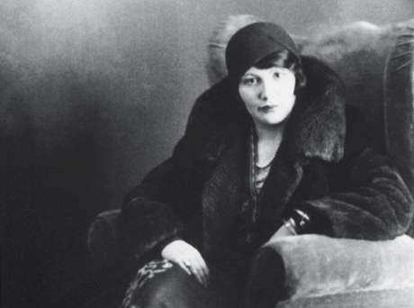Matka Petera Demetze - kolem roku 1938
