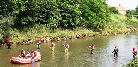 Pátrání po patnáctiletém chlapci, který utonul v řece Svratce poblíž Rajhradic na Brněnsku