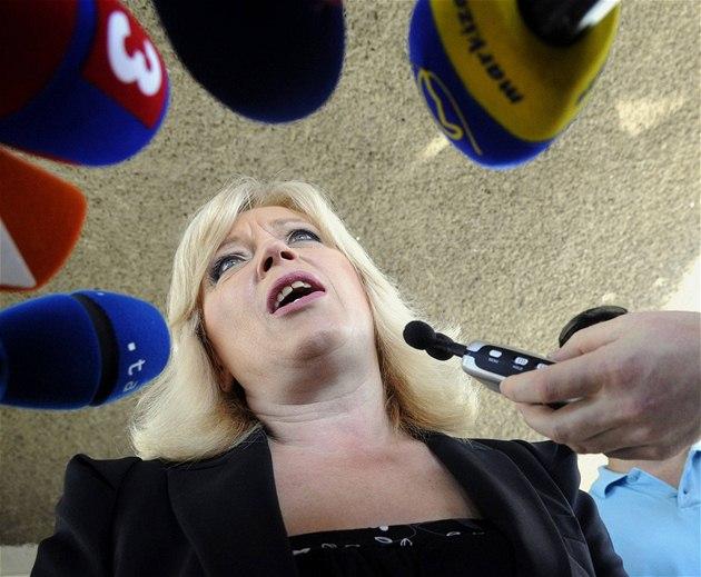 P�edsedkyn� SDKÚ Iveta Radi�ová (12. �ervna 2010)