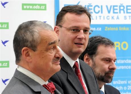 Lídři stran po jednání skupiny K9 o vládní koalici. (15. června 2010)