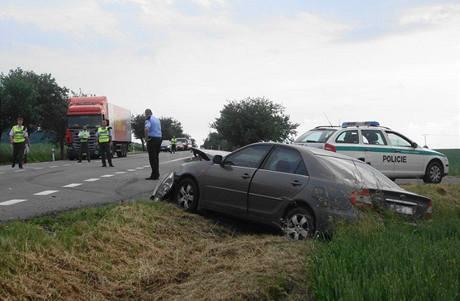 Nehoda u odbočky na Střelice