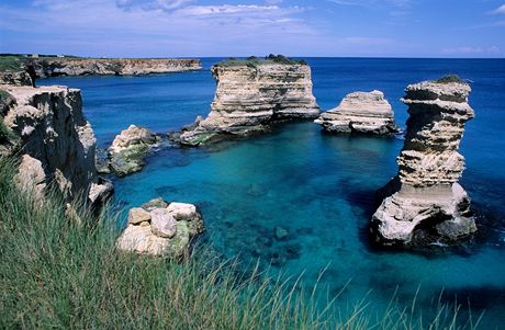 Itálie, Apulie, Salento, útesy San Andrea poblíž Lecce