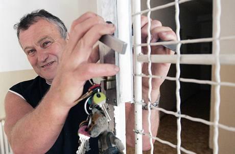 Ředitel výchovného ústavu v Chrastavě odchází do důchodu. Ústav vedl 26 let