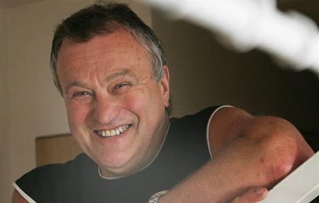 Ředitel výchovného ústavu v Chrastavě Zdeněk Pelda odchází do důchodu. Ústav vedl 26 let