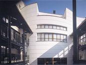 Architekt Karel Hubáček se podílel i na návrhu brněnského Divadla Husa na...