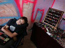Projekt Burning Beats: přehlídka nezávislé módy a hudebních produkcí v areálu bývalé továrny Zbrojovka