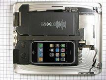 iPad vtípky - iPod Touch inside