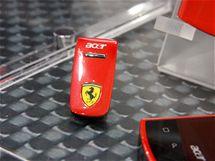 Acer Liquid E v barv�ch Ferrari