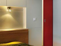 Detail vstupu z ložnice do pracovny, dveře jsou posuvné