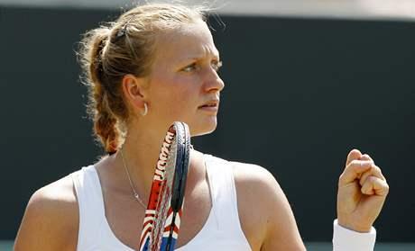 Petra Kvitová v duelu proti Dánce Wozniacké ve 4. kole Wimbledonu