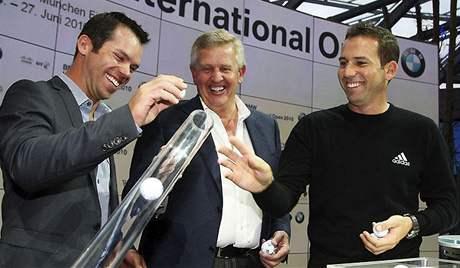 Paula Casey, Colin Montgomerie a Sergio García před zahájením BMW International Open