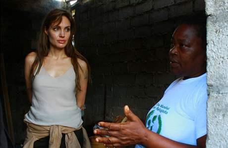 Angelina Jolie během návštěvy Ekvádoru