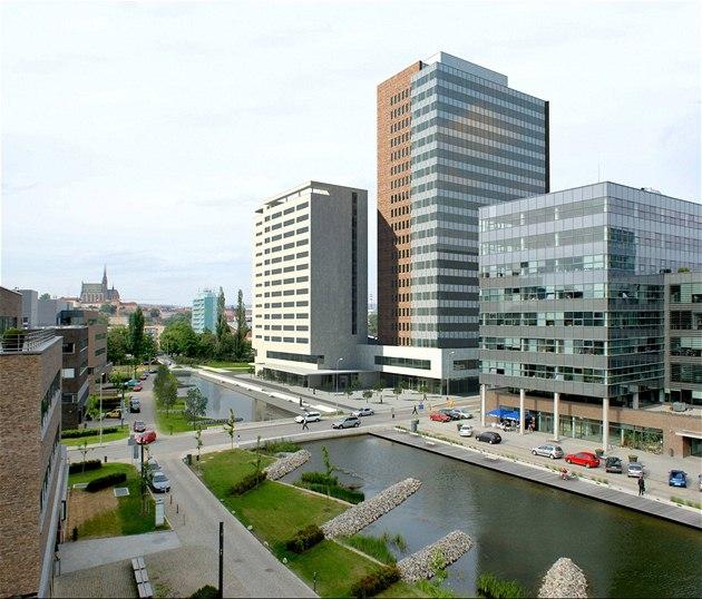 Vizualizace mrakodrapu Spielberk Towers mezi uliocemi Her�pická a Pra�ákova v Brn�