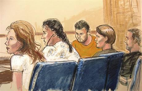 Pět podezřelých už se objevilo před newyorským soudem (29. června 2010)