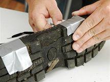 Pro jistotu zafixujte spoje textilní páskou