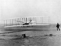 Historický snímek Wright Flyer