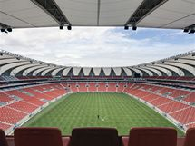 Stadion Nelsona Mandely připomíná slunečnici