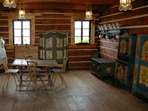 Vísecká rychta, část expozice malovaného selského nábytku