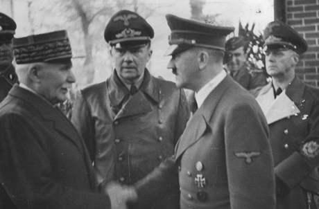 Maršál Pétain a Adolf Hitler se setkali 24. října 1940 v Montoire